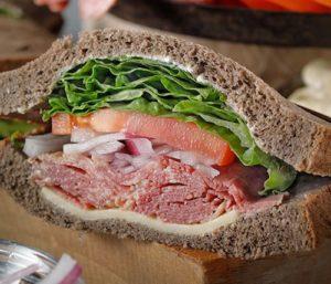 パストラミビーフ サンドイッチ