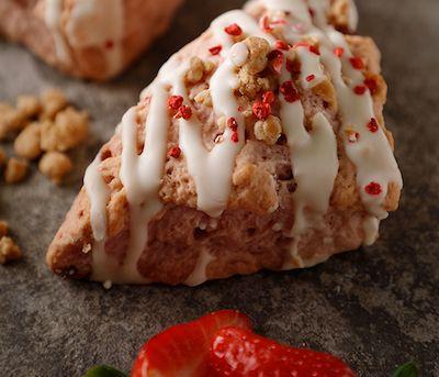アメリカンスコーン ストロベリーチーズケーキ